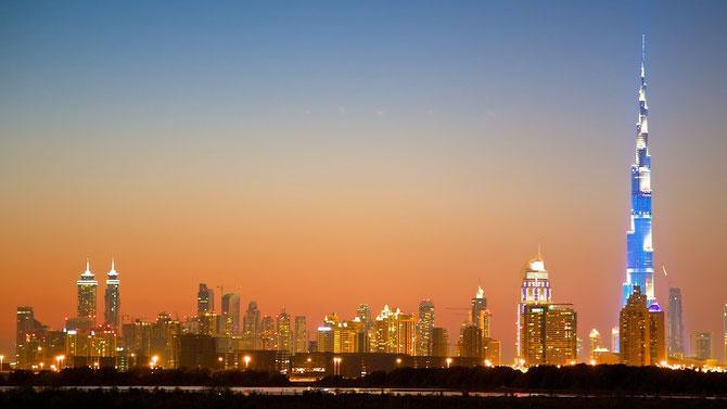 DUBAI : UN HORIZON  LUMINEUX.