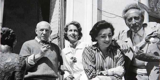g. à dte. Pablo PICASSO, Francine WEISWEILLER, Jacqueline PICASSO, Jean COCTEAU