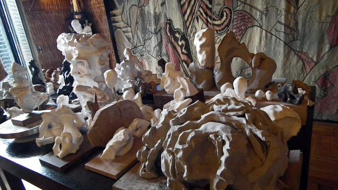 MAQUETTE TABLE : modèles en plâtre, en argile, petits bronzes .....