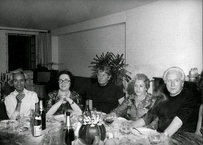 1974. 10è ANNIVERSAIRE DE LA FONDATION MAEGHT. de g. à dte. VU CAO DAM, MARGUERITE MAEGHT, TAL-COAT,  DOLORES JUNCOSA (EPOUSE DE MIRO), AIME MAEGHT.  C* FUNDACION YANNICK Y BEN JAKOBER.