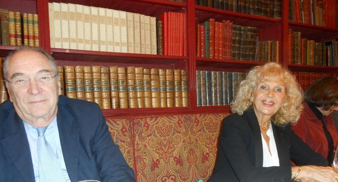 LE PRESIDENT JACQUES ROCCA SERRA et MADAME MARIE-FRANCOISE MATOUK, FONDATRICE DE L 'APAM.