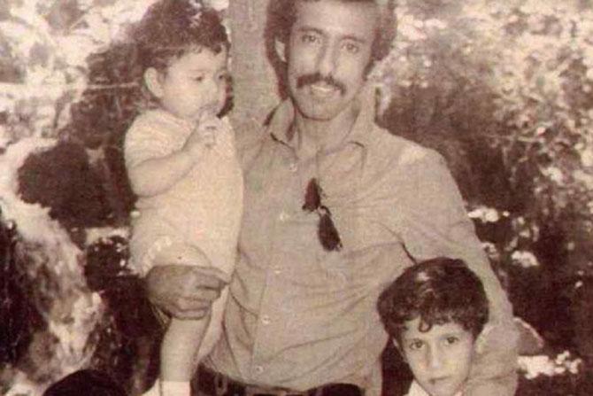 vers 1970.  RASHID et AHMAD DANS LES BRAS DE LEUR PAPA KHALAF.C* Archives personnelles.   RESSEMBLANCE FRAPPANTE D'UNE GENERATION à L'AUTRE AVEC LA PHOTO PRECEDENTE.