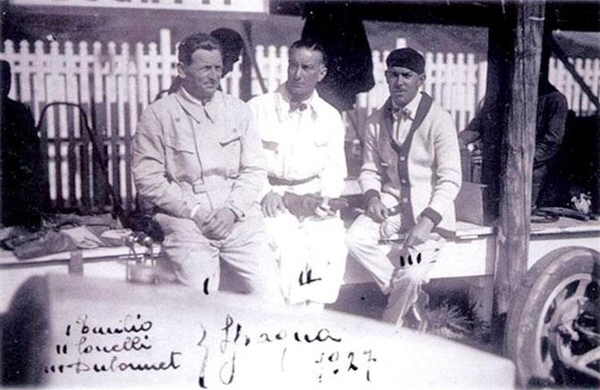 g à dte Emilio MATERASSI 1894+1928, Caberto CONELLI 1889+1974 et André DUBONNET 1897+1980.