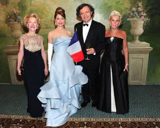 g. à dte. Elizabeth STRIBLING, Jean SHAFIROFF, Pierre-Emmanuel TAITTINGER, CeCe BLACK .... .......C* OWEN HOFFMANN / PMC