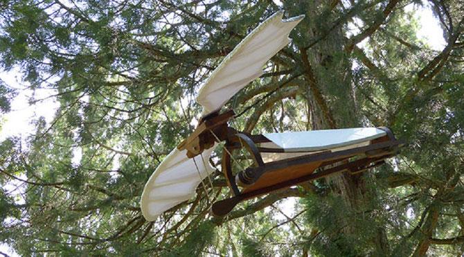 MAQUETTE ORNITHOPTERE -MACHINE VOLANTE. LEONARD DE VINCI. C* RACHEL www.MesPetitsBonheurs.com