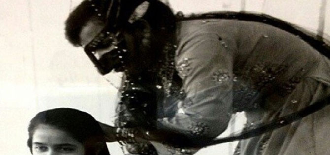 1971. LA JEUNE SHEIKHA HIND  COIFFEE PAR MAMA NORA.
