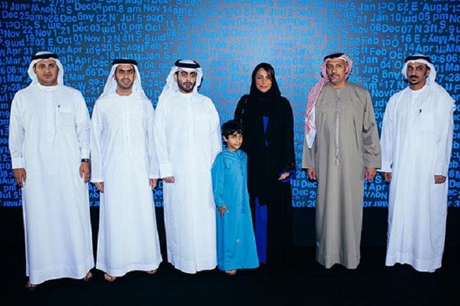 "NOV. 2013. MARAYA  ART CENTRE. ""RAW DATA 1999-2013"". g. à dte. Ahmed AL QASEER,  Marwan Bin JASSIM  AL SARKAL, Sheikh  Khalid Bin ABDULLAH AL-QASIMI, Sheikha Bodour Bint SULTAN  AL-QASIMI, MOHAMED  KAZEM  ARTISTE, Hisham AL MADHLOUM. C* MARAYA  ART CENTRE"