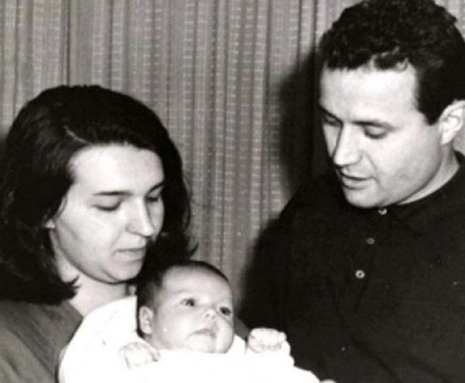 NAISSANCE D'EUGENIA. LE COUPLE DIVORCE EN 1967.