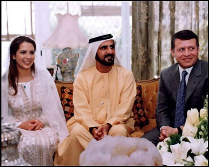 AMMAN. PALAIS BARAKAT. 10 AVRIL 2004 : MARIAGE DE S.A. L'EMIR MOHAMMED BIN RASHID AL MAKTOUM avec S.A.R LA PRINCESSE HAYA BINT AL-HUSSEIN DE JORDANIE, FILLE DES DEFUNTS ROI HUSSEIN  et REINE ALIA  EN PRESENCE DE SON DEMI-FRERE LE ROI ABDULLAH DE JORDANIE.