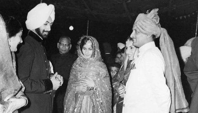 31 Oct. 1964. S.A. Captain AMARINDER 22 ans se marie avec S.A. PRENEET KAUR   20 printemps.  On note la ressemblance frappante avec le Maharajah Yadavindra . C* S.A.R Maharani Preneet Kaur