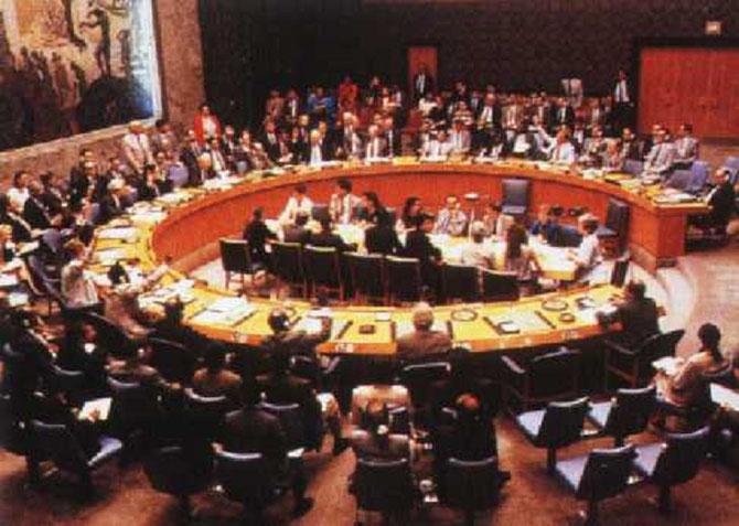 CONDAMNATION UNANIME DE L'IRAK PAR LE CONSEIL DE SECURITE DE L'ONU.