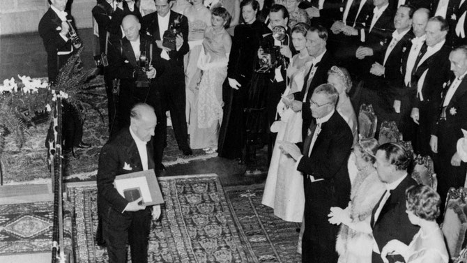 10 DECEMBRE 1955. RECEPTION DU NOBEL à STOCKHOLM.