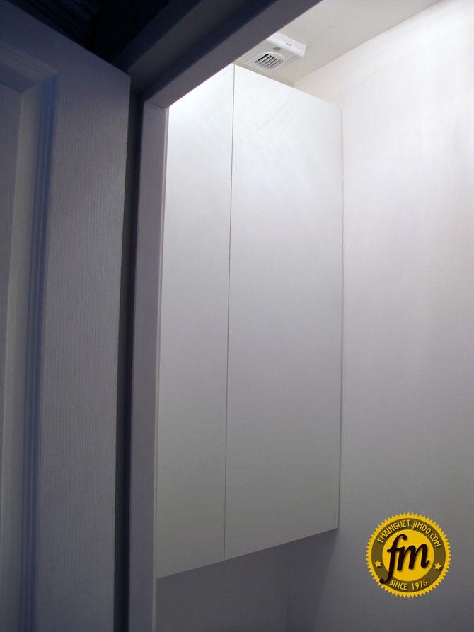 Pose armoire sur mesure pour WC