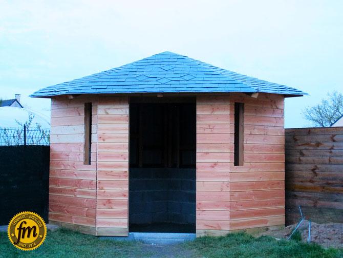 Abris de jardin d 39 angle site de fr d ric mainguet for Toiture cabane de jardin