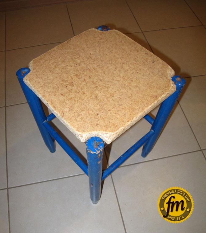 restaurer un tabouret site de fr d ric mainguet. Black Bedroom Furniture Sets. Home Design Ideas
