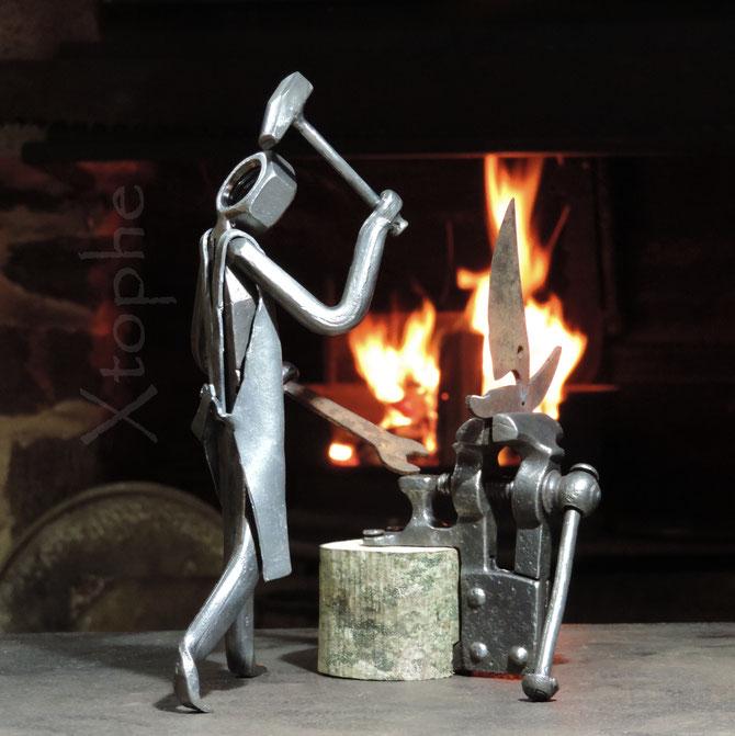 """Mars 2017 - """"Petit Sculpteur, plasticien d'outils""""... comme un léger parfum d'autoportrait !"""