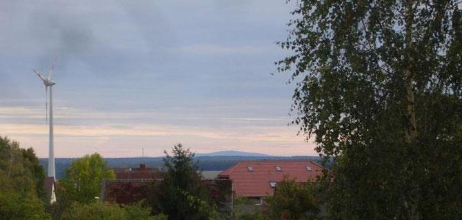 """Aussicht vom Brockenblick zum gleichnamigen """"Hügel"""""""