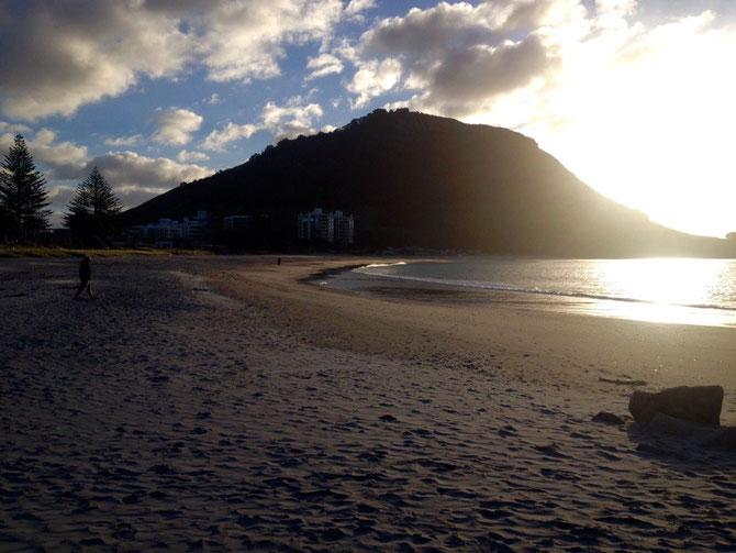 Und Mt Maunganui im Sonnenuntergang
