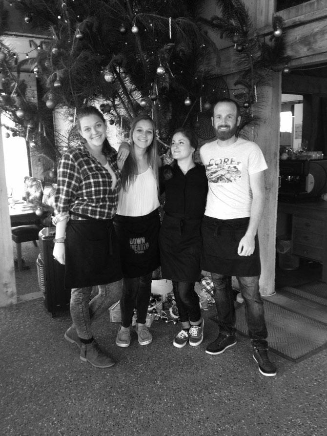 Annas letzter Tag in der Winebar! (Ich, Anna, Chloé, Joss)