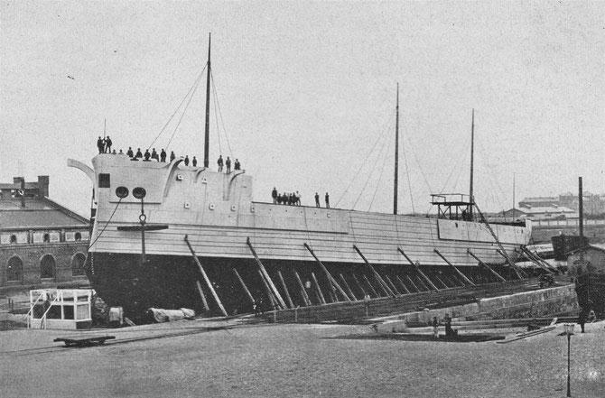 Kurz vor dem Stapellauf am 17.09.1875