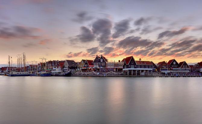 573. Volendam haven (5601-0001)