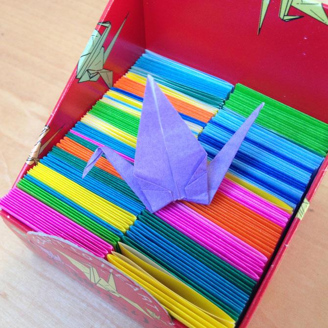 Wie Faltet Man Einen Kranich Eine Faltanleitung Kefro Origami