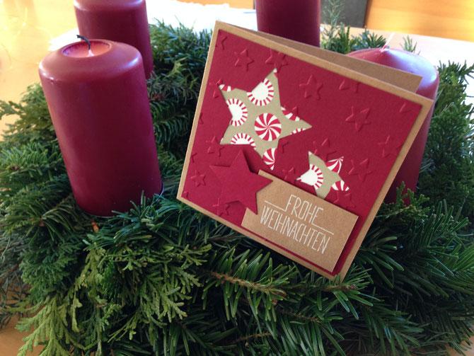 Meine Weihnachtskarte für dieses Jahr: sandfarben, weiß und chili: diese Farbkombination gefällt mir unheimlich gut.