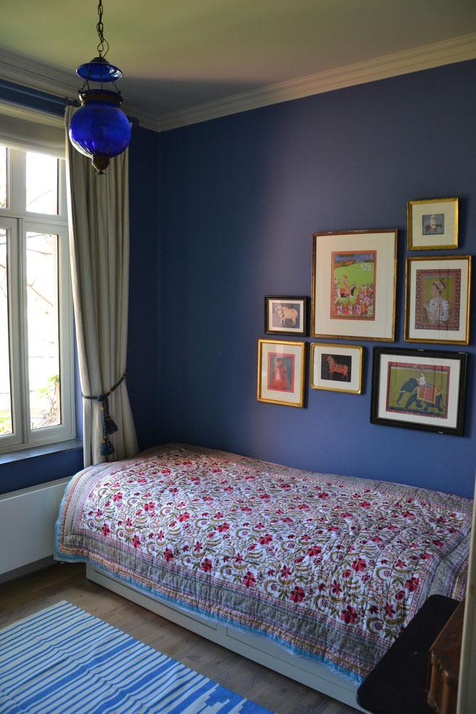 Chambre bleue pour les jeunes (photo La Villa bruxelles B&B)