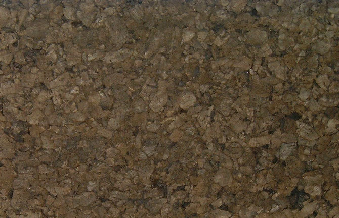 Dämmkork-Platten werden bei Putzfassaden, unter Wandheizungen als dämmender Putzträger und tragend unter Beton-Estrichen eingesetzt.