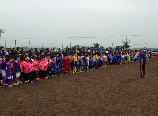 開会式  幼稚園〜3年生まで総勢100チームのビッグ大会‼️