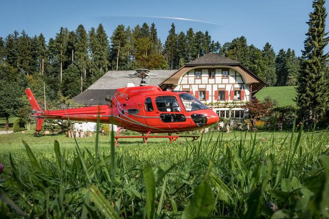 Elite Flights, AS350 B2 Ecureuil, Burezvieriflug, Gourmetflug, Romantikflug, Helikopterflug, Rundflug, Restaurant Bürgisweyerbad