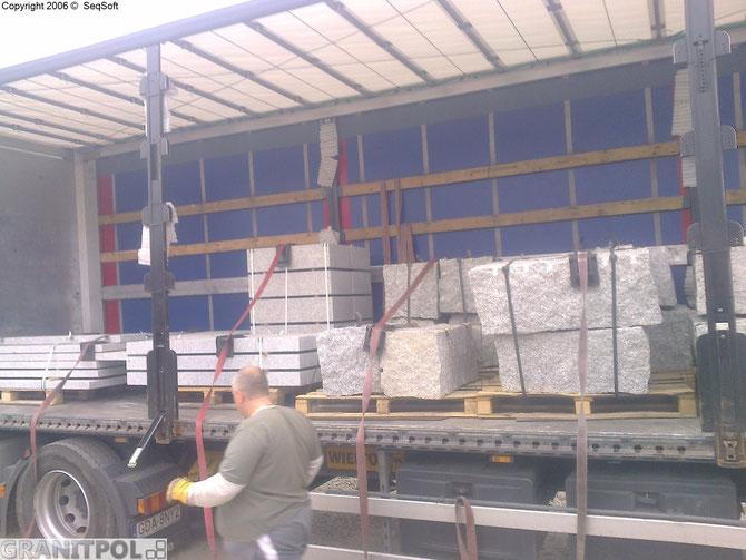 Randsteine aus Polen und Blockstufen aus Granit