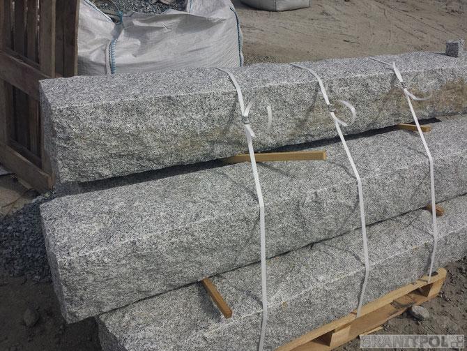 zaunpfosten aus granit natursteine aus polen und schweden. Black Bedroom Furniture Sets. Home Design Ideas