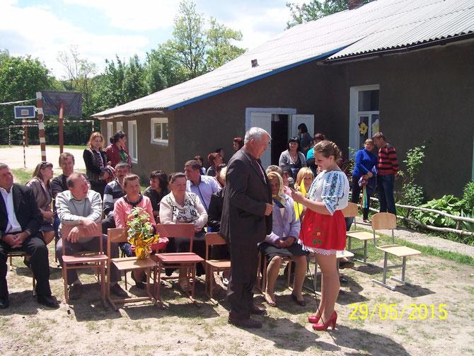 Свято зустрічі з випускниками