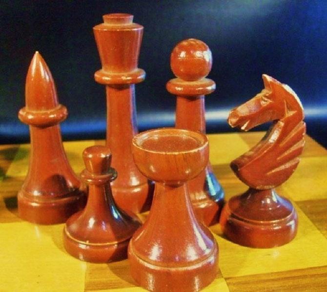 King 9,5cm        Pawn 3,cm