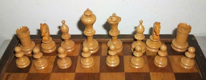 King 9cm        Pawn 3cm