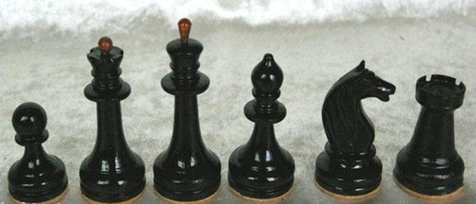 King 7cm  Pawn 2,5cm