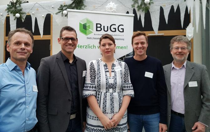 Veranstalter des Bremer Gründachforums 2019: Dr. Gunter Mann (BuGG, 2 v.l.), Ulf Jacob (Grünes Bremen), Katrin Schäfer (SKUMS), Martin Schmidt (VGL) und Bernd Schneider (SKUMS) (v.l.)