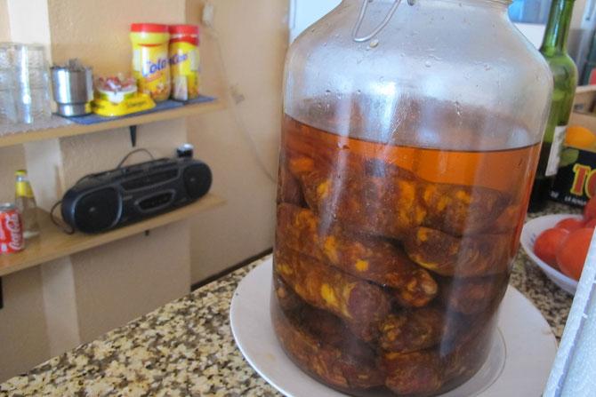 Selbst eingelegte Chorizo schaut auch lecker aus