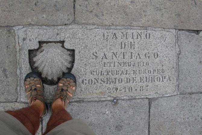 """Kilometer """"0"""" vor der Kathedrale."""