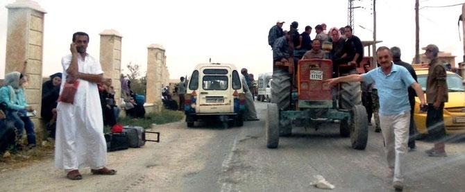 Les réfugiés arrivent au village de Sadad