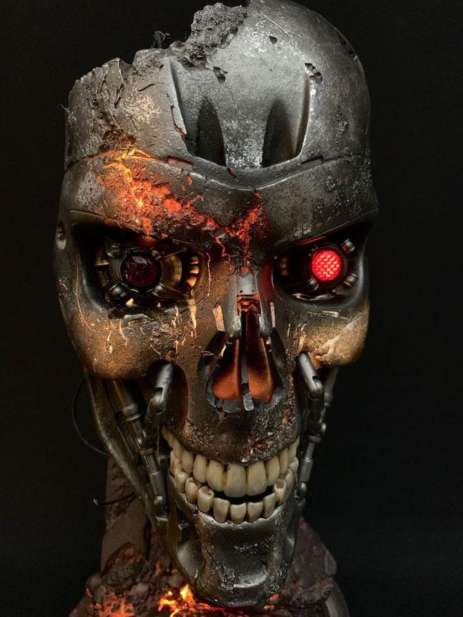 T-800 Endoskelett Maske Battle Damaged Version 1/1 Life Size Terminator 2 Tag der Abrechnung 46cm Pure Arts