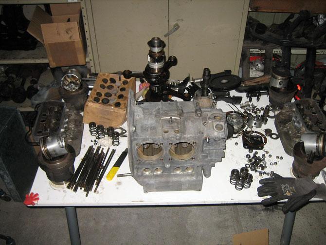 Zerlegter Buggymotor