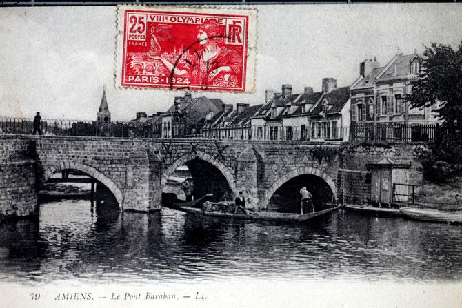 La légende de la carte postale est ici erronée. Il s'agit bien du Pont Ducange (Collection B. Bréart)