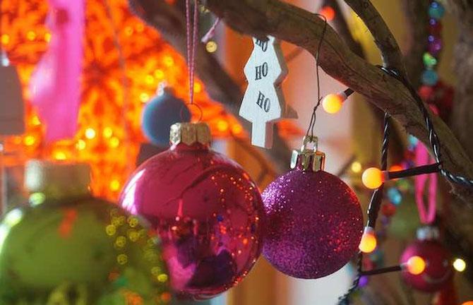 Bild: Weihnachten knallbunt /develloppa