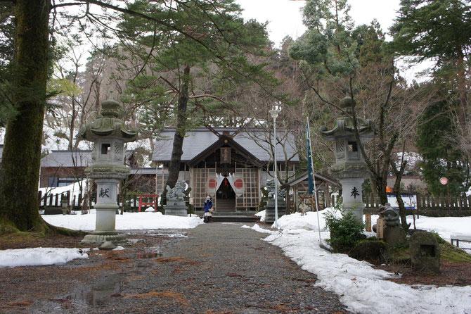 今日の春日山神社。二年参りの準備も万端。今年もありがとうございました