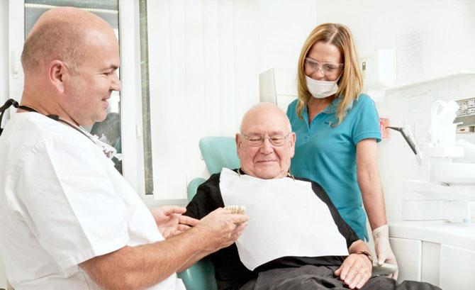 Zahnarzt Beratung Dr. Blazejak