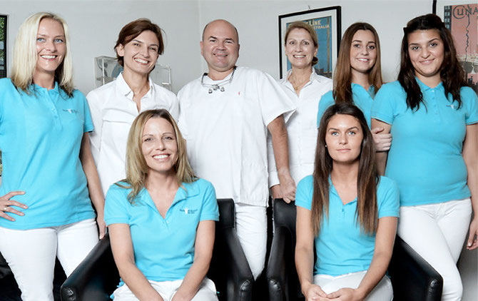 Das Team der Zahnarzt - Praxis Dr. Blazejak, Dr. Nika in Düsseldorf - Eller