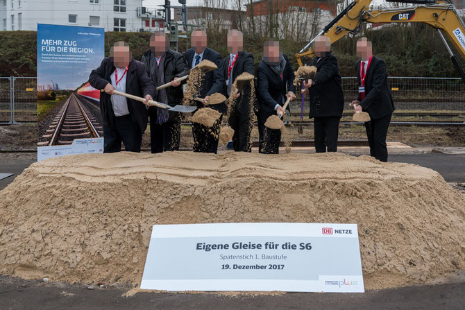 DB Netz AG: Erster Spatenstich für die S6 mit geschmiedeten Baack Spaten (Foto: Andreas Varnhorn)
