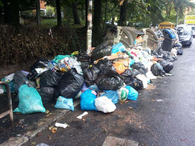 Via Bragaglia - 15 settembre 2015, Ore 8,15 (foto di Giovanni Giallombardo)